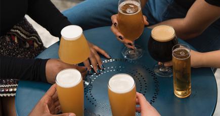 А з якого бокалу п'єш пиво Ти?