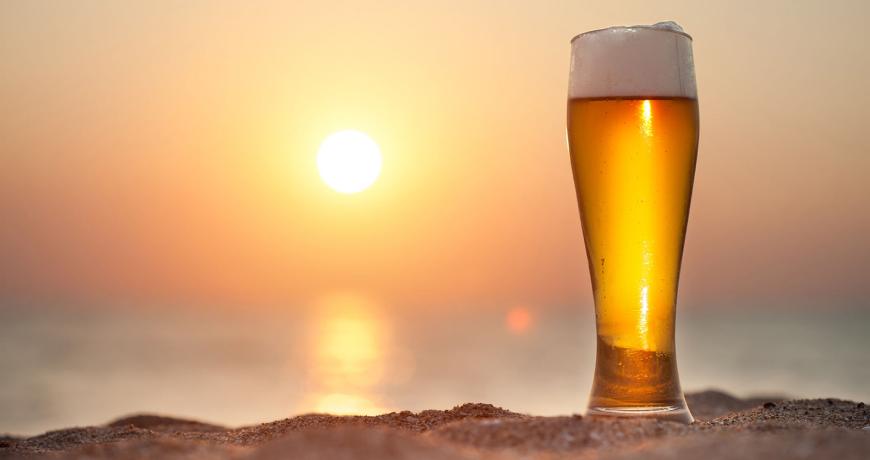Регулярное потребление пива спасает от солнечной радиации