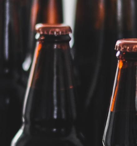 Как пиво в стекло одели